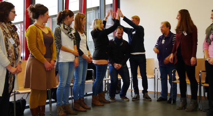 Koordinationsübung im Workshop von Christine Löbbert