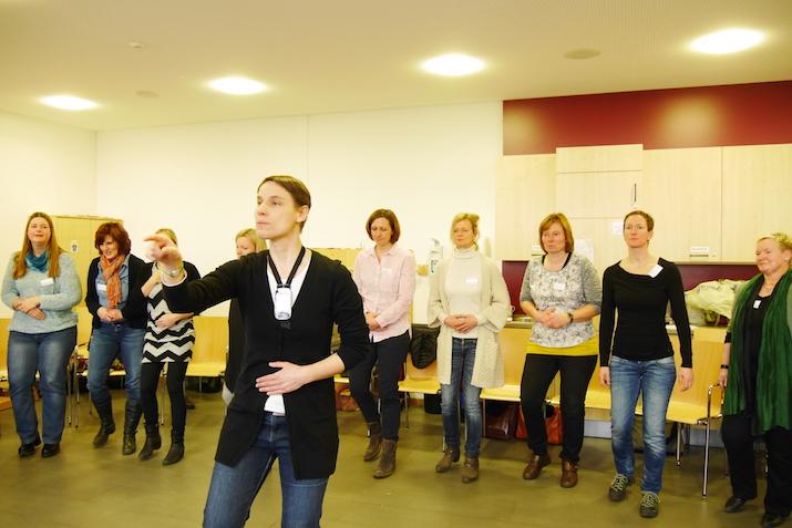 Rhythmusübung im Workshop von Christine Löbbert